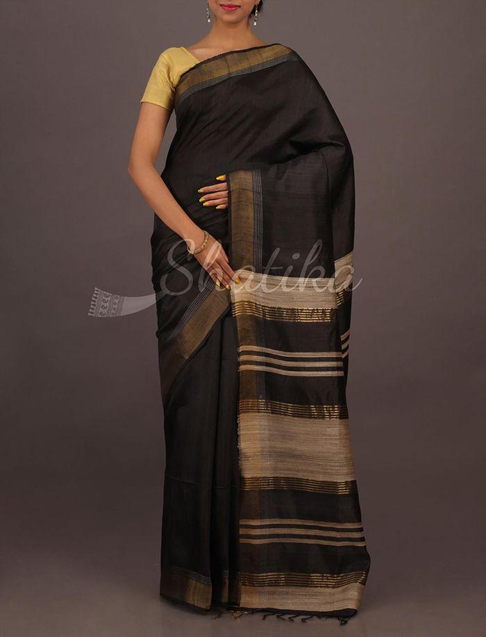 Saritha Bold Gold Standout Plain #MatkaSilkSaree