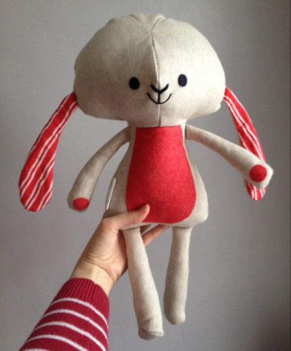 Red and white bunny doll / Peluche lapin en rouge et blanc