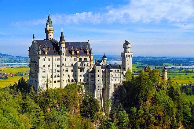 Neuschwanstein Kalesi - Almanya