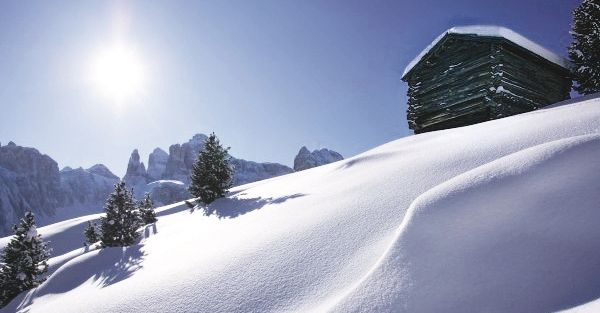 Winter Hiking Weeks - During this time we offer on three days (Mon, Weds, Fri) easy to moderate guided hikes (3-5 hours) to extremely beautiful destinations and rustic mountain huts around Sonnenburg.