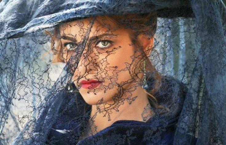 Miriam leone la dama velata - Dago fotogallery