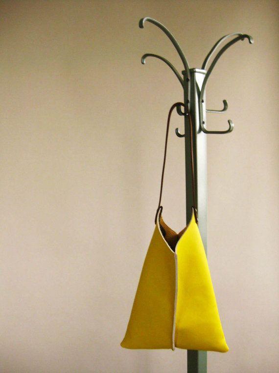 16in Keil  Zitronengelb Leder von scabbyrobot auf Etsy