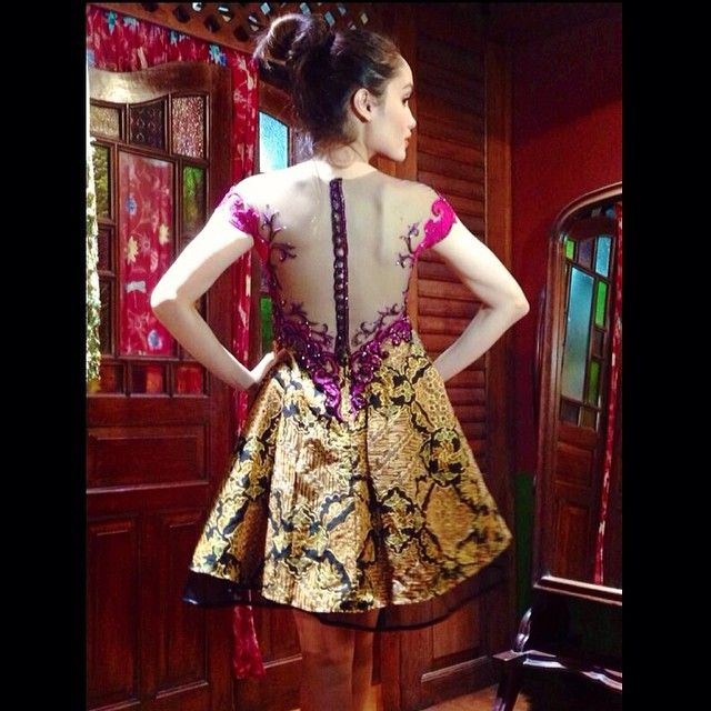 cinta laura wearing anne avantie kebaya