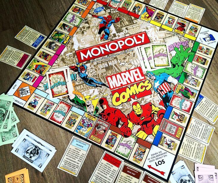 Monopoly Marvel Comics Retro Edition - Eine Comic-Sammlung in gewaltigen Dimensionen! Das Original-Monopoly als nostalgische Comic-Zeitreise für Marvel Fans! Die wichtigsten Hefte aus der langen Tradition der Marvel-Superhelden bestimmen das Spiel.