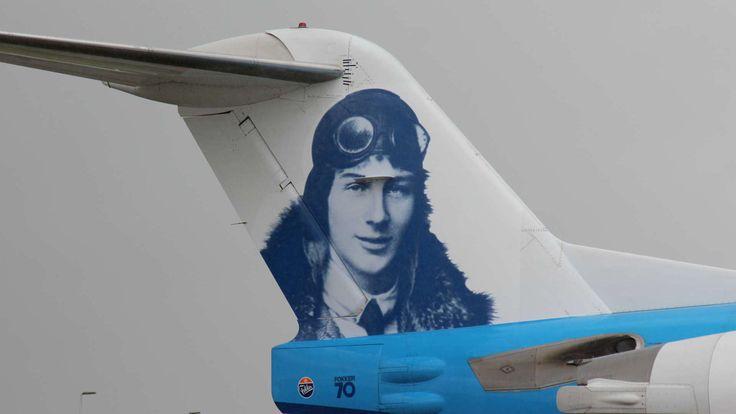 Sinds 2008 vervangen steeds meer nieuwe Embraers onze Fokker-vloot. Dit is ons eerbetoon. Omdat we dankbaar zijn voor 97 jaar historie tussen Fokker en KLM.