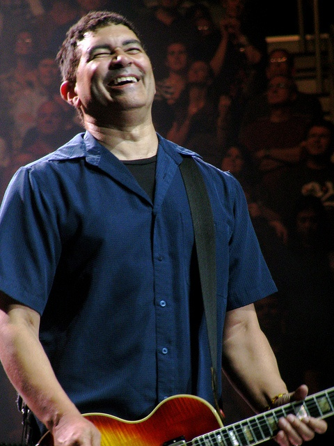 I honestly believe that Pat Smear is the happiest man alive. There is ALWAYS a smile on his face.
