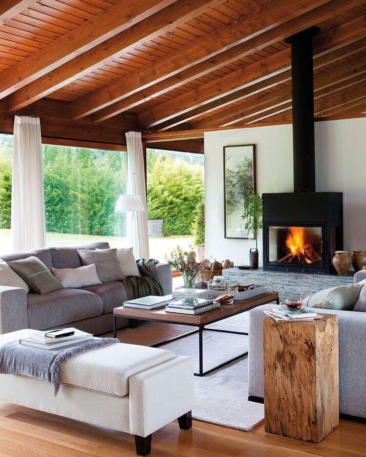Inspírese con nuestra selección seleccionada de los muebles más lujosos para la decoración de su hogar y proyectos de diseño. Vea más diseños de muebles inspiradores y de lujo aquí www.covethouse.eu