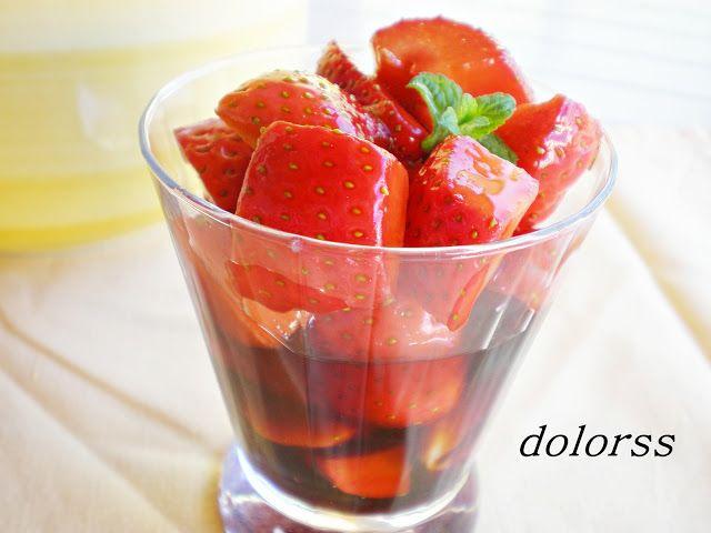 Blog de cuina de la dolorss: Fresas con vinagre de Merlot