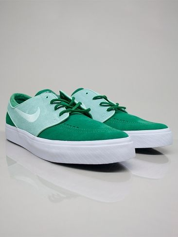 NIKE ACTION SPORTS 333824 333 NIKE ZOOM STEFAN JANOSKI SB Scarpe Basse - pine green - green € 85,00 - See more at: http://www.moveshop.it/ecommerce/index.php/it/articolo/38698/7511/333824%20333%20NIKE%20ZOOM%20STEFAN%20JANOSKI%20SB#sthash.RqaiquFF.dpuf
