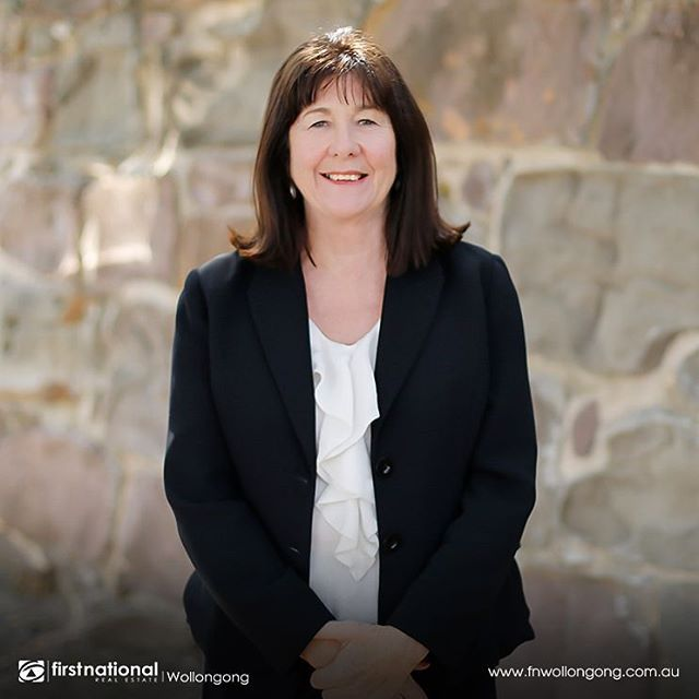 Welcome to the Team Lynne!  Building relationships and providing a quality customer experience is what has made Lynne a highly successful sales woman spanning a 20-year career. Get to know more about her by checking the link in our bio #fnrewollongong #meetstaff #leadgenerator #illawarra #wollongong #sales