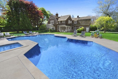 East Hampton luxury!