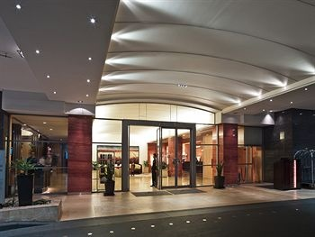 Hotels in Sydney Australia offers plenty of programs for the youths.