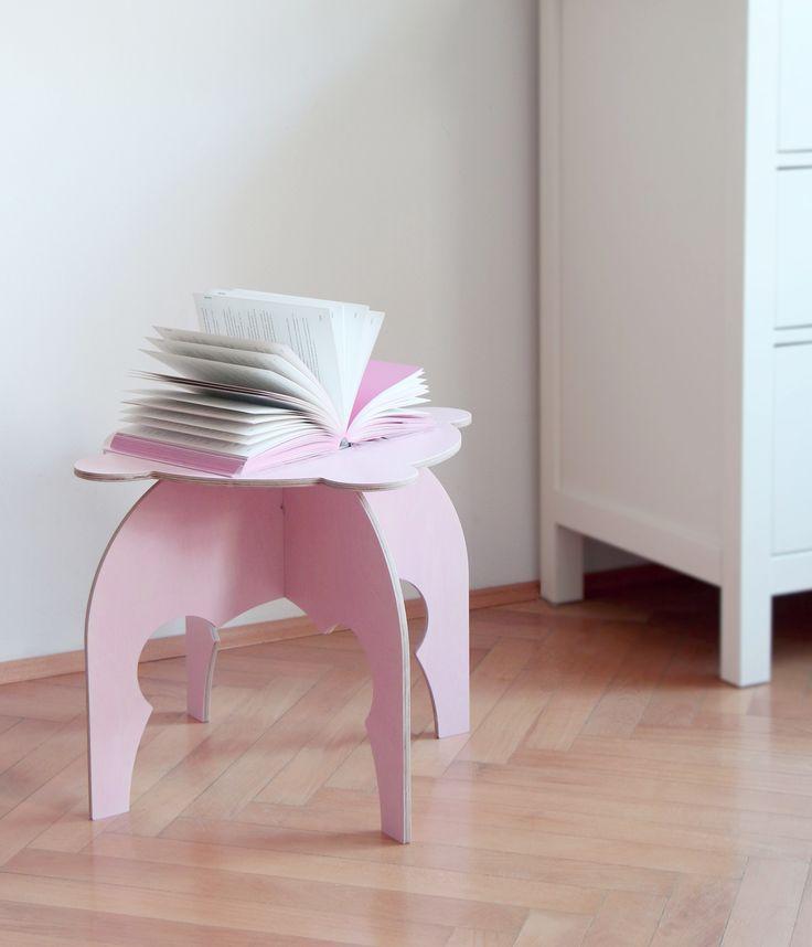 Sweet Pinkey table inspired by book Slečny - Misses made by fashion designer Anna Marešová IV