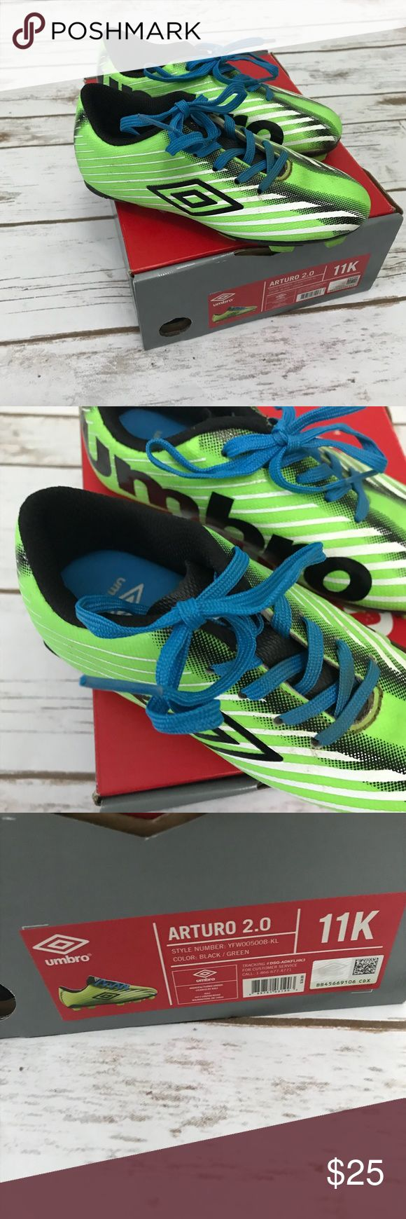 UMBRO [boys] Arturo Green Soccer Cleats with Box Worn a few times for soccer. Has some dirt from the soccer field, I'll try to clean off before shipping. Otherwise really nice condition. Green, black and blue cleats with blue laces. Come with Shoe Box. Size boys 11. Umbro Shoes