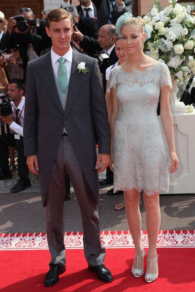 beatrice borromeo pierre casiraghi and religious wedding on pinterest. Black Bedroom Furniture Sets. Home Design Ideas