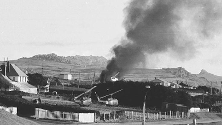 El conflicto duró 74 días (entre el 2 de abril y el 14 de junio de 1982). En total, murieron 649 argentinos y 255 británicos (Télam)