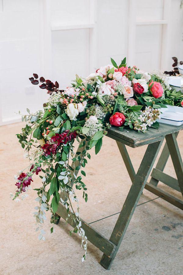 Floral Reception Garland | Bobby & Tide Photography on @polkadotbride via @aislesociety