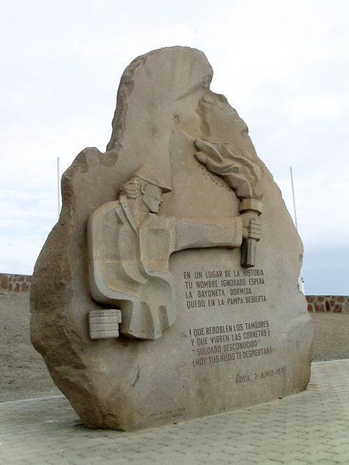 Tristán Calderón. Subteniente del Regimiento Cazadores del Desierto. Participó en la Batalla de Tacna, pero, tuvo que quedar en la retaguardia custodiando el campamento y a los enfermos y heridos.