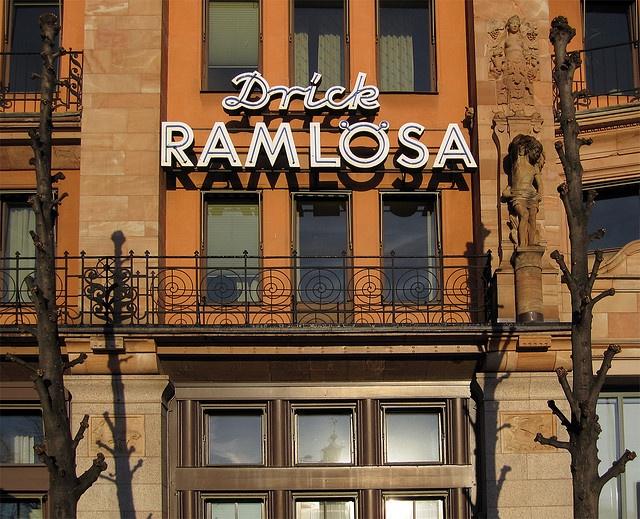Drick Ramlösa (Centralpalatset) by vargklo, via Flickr