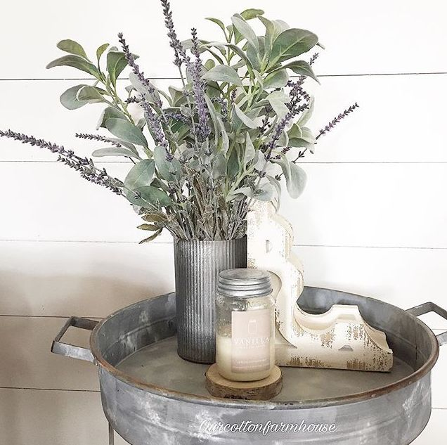 Vanilla and Lavender is such an enticing mix!  Sweet + Soothing = the PERFECT atmosphere in any home! Vanilla: An extreme take on a long standing favorite! Sweet vanilla enveloped in buttery undertones. Beautiful handmade soy candles - decor for the vintage inspired, modern farmhouse home. PC: Enjoli from Our Cotton Farmhouse