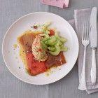 Quinoa Salat mit gegrillter Paprika und Gurke