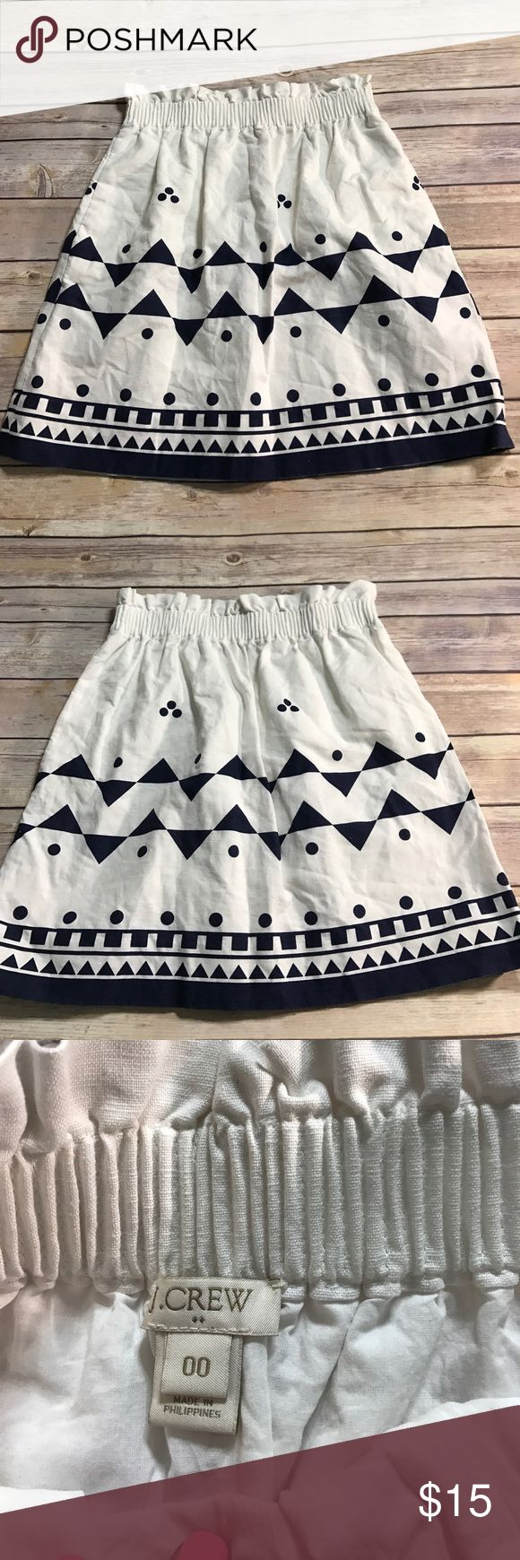 J Crew Skirt ✨ J Crew blue and white skirt💕 Size 00 💕 Stretch around Waist  ⁉️Need more information or measurements? Please don't hesitate to ask  ❌Sorry, I am unable model items!  ✅ Fast Shipper: Shipping Same Day/Next Day  🚫I do not trade items/ No returns  💕I do accept REASONABLE offers ☺ J. Crew Skirts