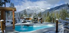 Scandinave Spa Whistler: Situated just a few minutes North of Whistler Village is an Invitation to Immerse yourself in well-being. Widely recognized for their energizing and relaxing effects, Scandinavian baths and hydrotherapy are associated with many wellness benefits. In addition to cleansing the body, they stimulate blood circulation and the release of endorphins.