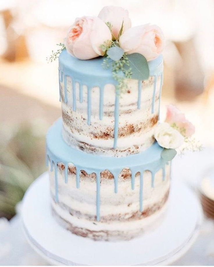 Massive love for this gorgeous cake  Mint, blush & blooms - all of my favs rolled into one