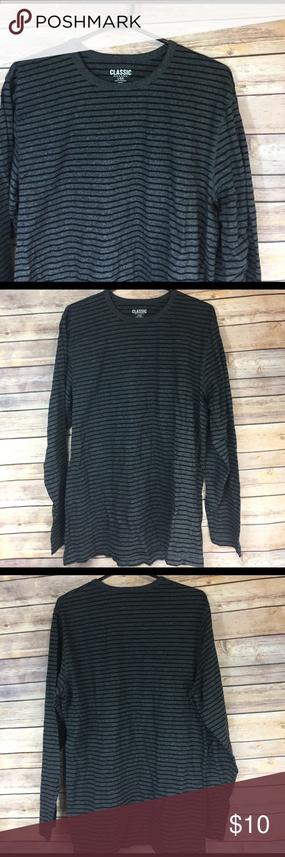 🚹large old navy classic long sleeve tee Like new.  🛍 buy 2+ items and get 25% off your purchase automatically!! 🛍 Old Navy Shirts Tees - Long Sleeve