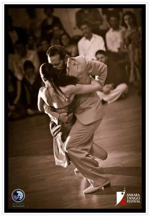 "Ankara Tango Festival 2012 . The final pose of ""Recuerdo"" ."