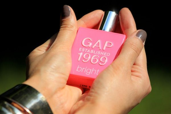 Stylizacja inspirowana perfumami GAP Established 1969 Bright | Olfaktoria.pl