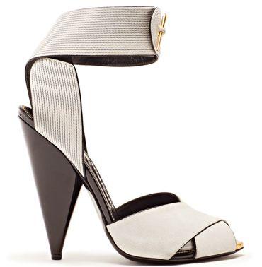 Tom Ford heels... #shoes #strap https://twitter.com/DazzleMeDeals