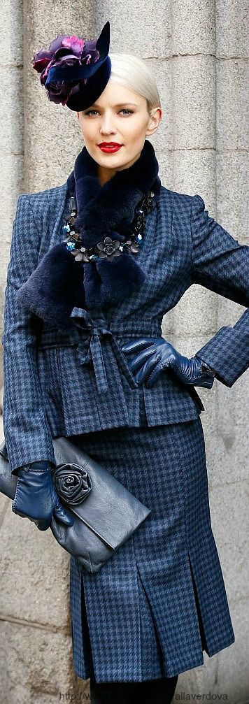 Style In The City- Winter Racing Outfits ~ Hennessy Gold Cup - I like the scarf with the necklace on the outside!