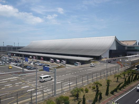 Regeneration of Taoyuan International Airport Terminal 1,Courtesy of Norihiko Dan and Associates