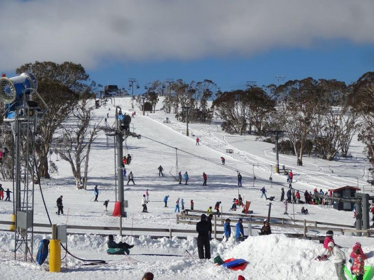 If your just after a fun day out in the snow with the kids and going on the toboggan rides, Mt Selwyn Snowfields is the perfect place. We had a great time here and found it to be perfect for our kids. #MtSelwyn #Toboggan #Skiing #SkiResort #SnowyMountains #Kids