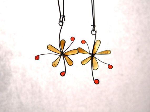 Flower resin earrings amber flower dangles by TheHappyLollipop