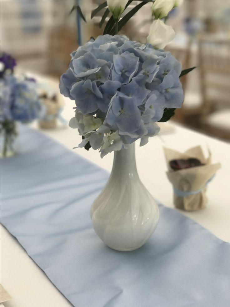 Blue hydrangea white porcelain vase Atelier Dual #atelierdual