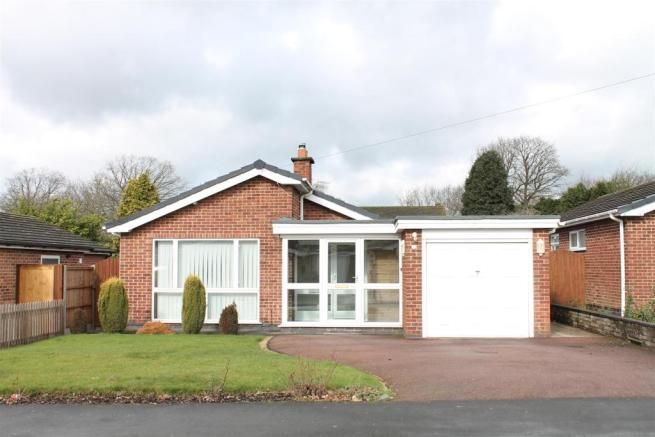 3 bedroom detached bungalow for sale - Castle Rock Drive, Coalville, Leicestershire Full description   ** THREE BEDROOM DETACHED BUNGALOW WITH REFITTED BREAKFAST KITCHEN, PLEASANT REAR GARDEN, ATTACHED GARAGE AND DOUBLE WIDTH DRIVEWAY IN A PLEASANT RESIDENTIAL NEIGHBOURHOOD ON THE CHARNWOOD FOREST SIDE OF TOWN.** The bungalow is offered with no upward chain and briefly... #coalville #property https://coalvilleproperties.com/property/3-bedroom-detached-bungalow-for-sale-ca