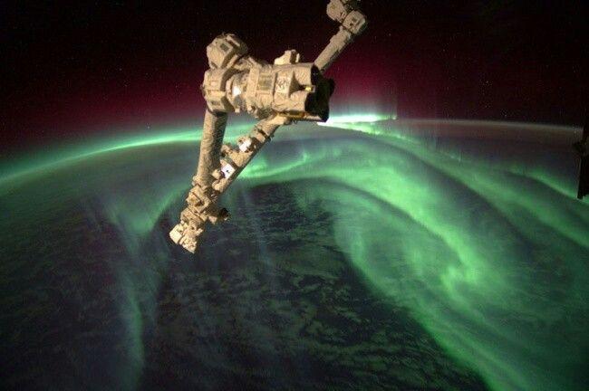 Полярное сияние из космоса. NASA