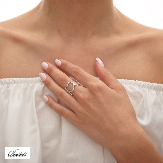Sterling silver heart ring from Filigree.pl Click on the photo to go to our store! :)
