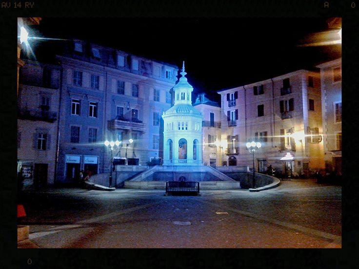 """La """" Bollente di Acqui Terme """" ( AL) fonte di acqua bollente sulfurea."""