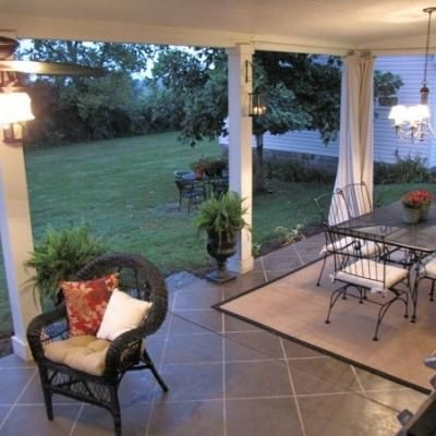 Marvelous A Cement Patio Fix Up   And It Has A Great Tute On Painting The Concrete