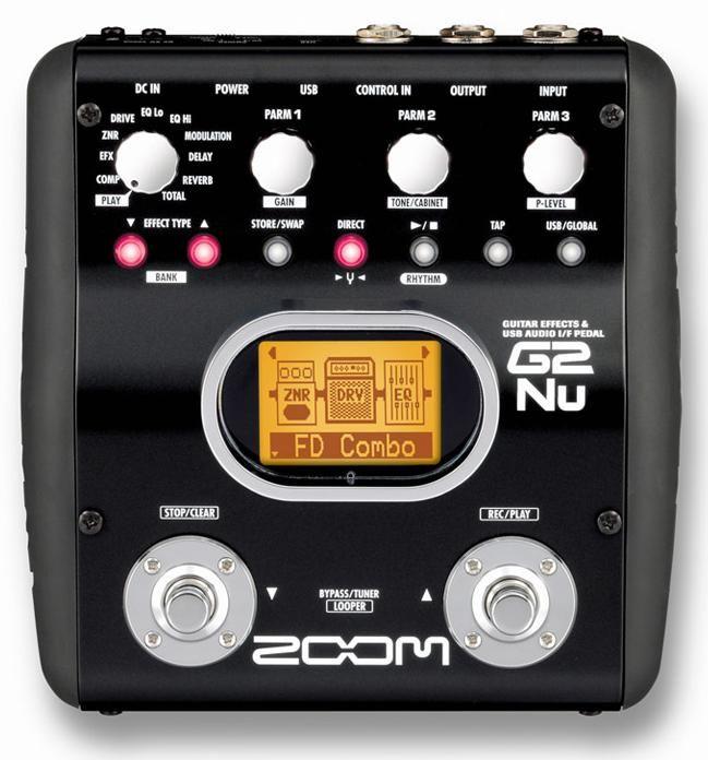 Multieffetto Zoom con USB e funzione interfaccia audio. 9 moduli di effetti – 200 patches – frequenza di campionamento 96 kHz – conversione A/D/A 24bit – processing del segnale a 32bit. 30 simulazioni di amplificatori, accordatore cromatico incluso.