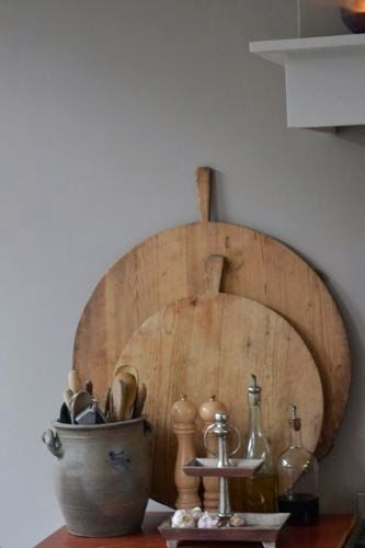 Een kaal hoekje op je aanrecht? Of staan er misschien een paar prachtige snijplanken te verstoffen in je kast of kelder? Met snijplanken kun je prachtige hoekjes in je keuken creëren.