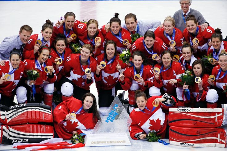 In Photos: Golden day on the ice for team Canada at Sochi Games | News and Blogs - CTV News at Sochi 2014  ~~ Members of Team Canada's Women's Hockey Gold Medalists