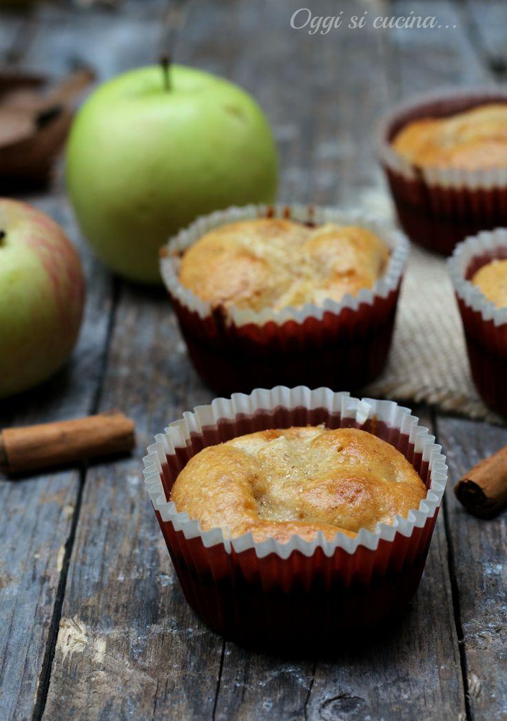 Sono sofficissimi Muffin integrali mela e cannella http://blog.giallozafferano.it/oggisicucina/muffin-integrali-mela-e-cannella/