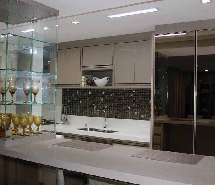 """22 curtidas, 6 comentários - Studio Mab - Arq & Design (@studio_mab) no Instagram: """"Interiores de uma #cozinha que adoramos fazer! #interiores #studiomabarquiteturaedesign #reflecta…"""""""