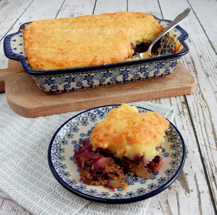 Vandaag het heerlijke recept voor een ovenschotel rode kool met gehakt en appel op mijn blog. Ontzettend lekker en heel gemakkelijk om te maken.