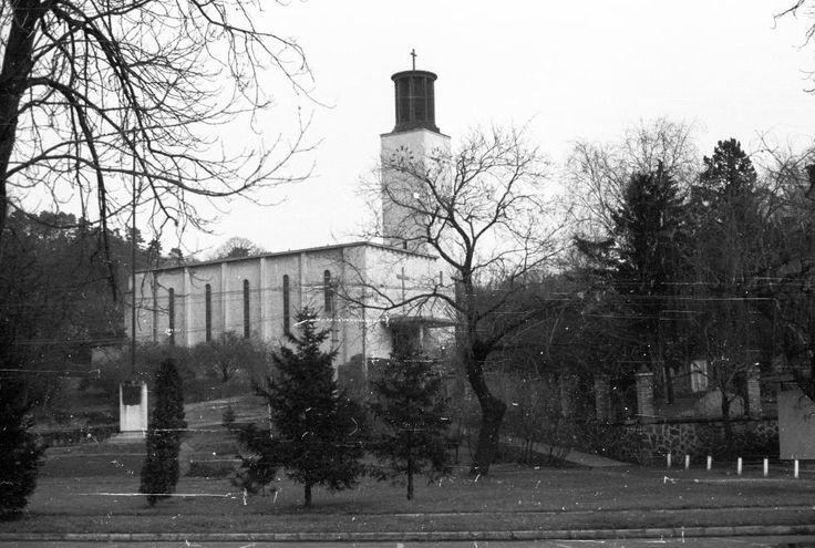 Balatonboglár, római katolikus templom, 1943. / Kotsis Iván - (teljes nevén Szent Kereszt felmagasztalás-templom)