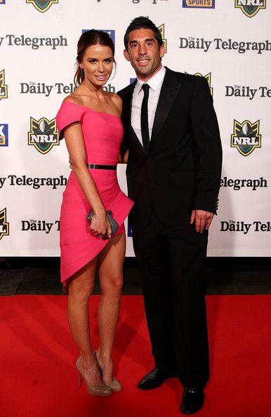 LOVE this ensemble that Jodi Gordon is wearing! Photo - 2011 Dally M Awards